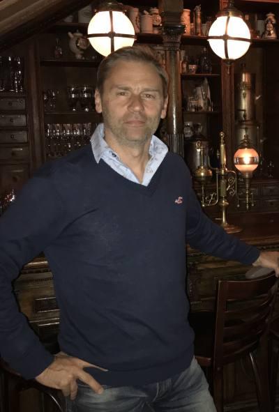 Dating Man in Lyon