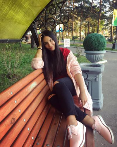 Alenunka 28 ans Moscow Russe
